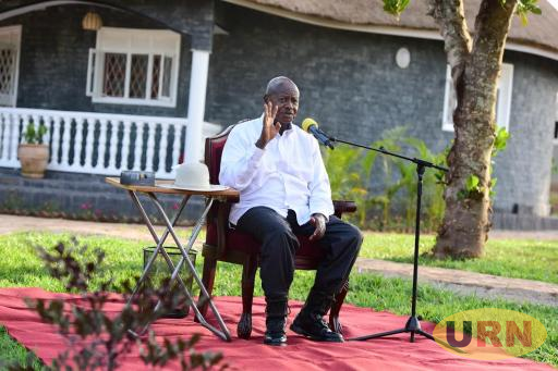 Museveni while adressing Journalists in Mayuge