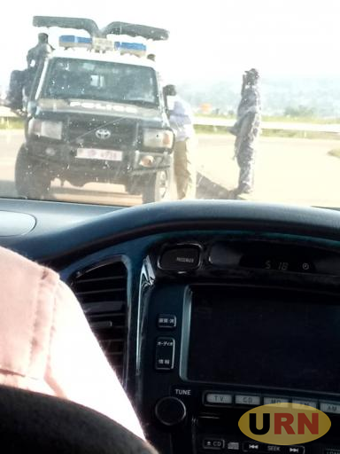 A police officer extorting from a driver at Busega junction into the express highway