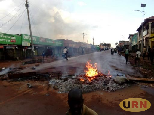 The group burning tyres on Oyam road